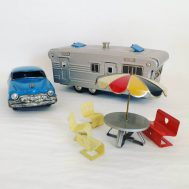 Tin friction car, house trailer and furniture set from SSS Toys Japan, dating to c. 1960.