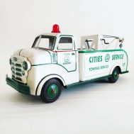 """Marx Cities Service Wrecker Truck. Made in the USA, c. 1950. 18.5"""" long. ID#3068"""