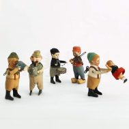 Bavarian and Dutch Costumed Windup Figures. Made in Germany, c. 1935.