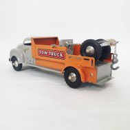 """Lincoln Tow Truck.  Made in Windsor, Ontario Canada, c. 1950. 15"""" long. ID#1201"""
