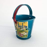 1939 New York World's Fair Pail. Tin-litho, manufactured by Up to Date Candy.  Made in the USA, ca. 1939. ID#3721
