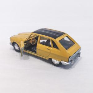 Model 301-860 Schuco Germany 1/66 Diecast Model Renault R16 TS