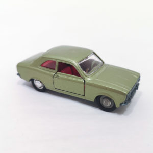 Vintage Schuco Modell Diecast Ford Escort GT. Metallic green, 1:66 scale, model 810.