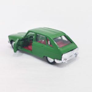 Vintage Miniaturas REI Diecast Renault R16 TS, emerald green, 1:66 scale, model 1850.